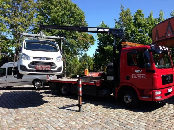 Auto Service 24 Stunden KFZ Transporte